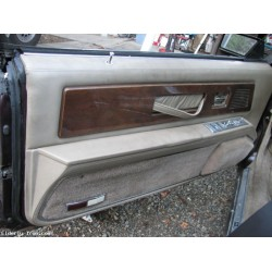 1985 Buick Riviera Drivers Door Panel